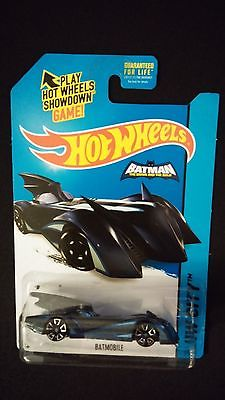 2015 HOT WHEELS Batman Batmobile (Black/Blue) Collectible POP CULTURE / MOVIES