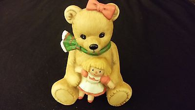 Bear w/ Doll & Scarf Figurine Large Size [HOMCO] MERRY CHRISTMAS