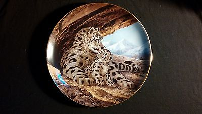 1989 The Snow Leopard Endangered Species Vintage Collectors Edition Plate