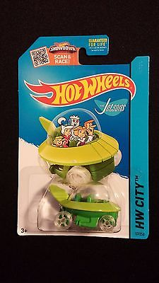 2015 HOT WHEELS The Jetsons Capsule Car (Green) Collectible POP CULTURE / TV