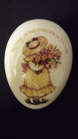 Egg Shaped Porcelain Box - Spring Love - Spring Is Happiness In Bloom ~ Japan