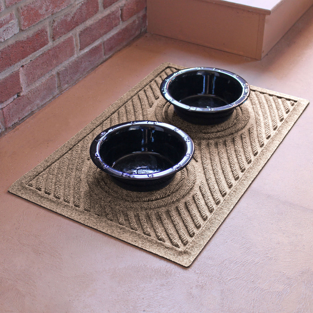 "Waterhog Dog Bowl Wave 18""x27"" Pet Feeder Mat"