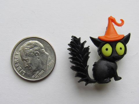 Needle Minder ~ Spooked Cat #4