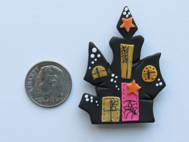 Needle Minder ~ Haunted House #1 (Clay)