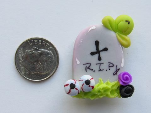 Needle Minder -  R.I.P. (Clay)
