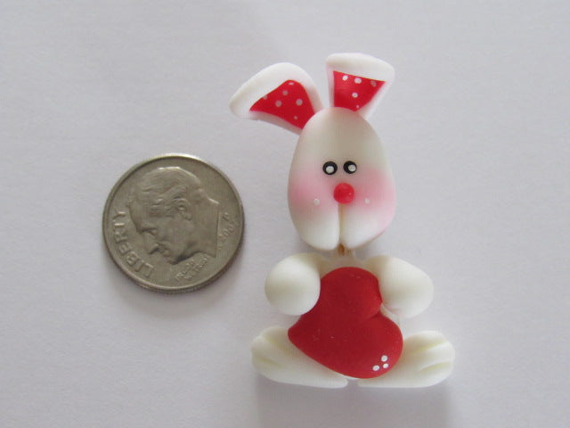 Needle Minder ~ Bunny w/Red Heart (Clay)
