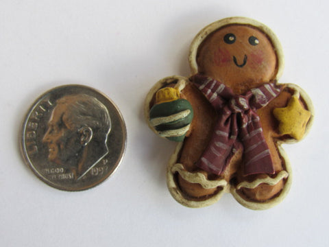 Needle Minder  ~ Gingerbread Man w/Christmas Ball & Star