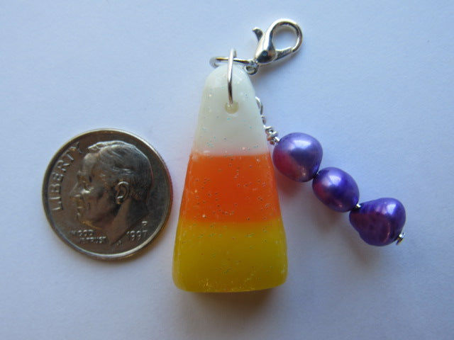 One of a Kind - Zipper Pull w/Baroque Pearls ~ Candy Corn #9 - SO CUTE!