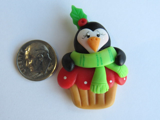 Needle Minder - Mr. Penguin's Cupcake (Clay)