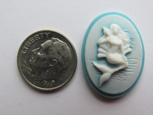Needle Minder ~ Blue Mermaid Cameo