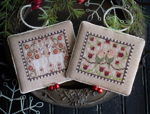Plum Street Samplers ~ Noah's Christmas Ark #7 ~ Lovebirds and Llamas