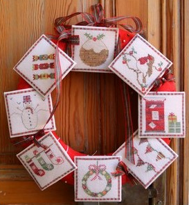 Tom & Lily Creations ~ Christmas Wreath