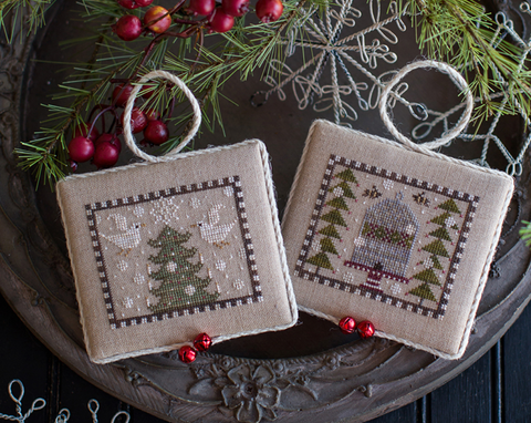 Plum Street Samplers ~ Noah's Christmas Ark #2 ~ Doves & Honeybees