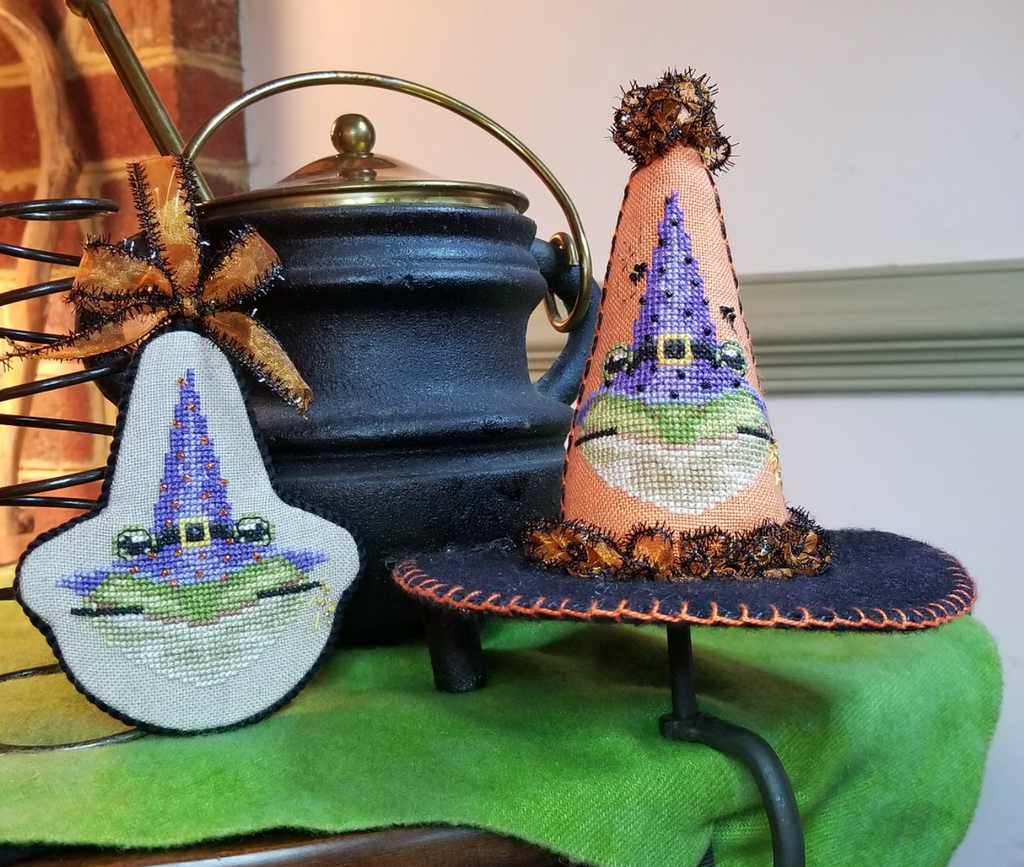 Blackberry Lane Designs ~ Hocus Pocus Series #1 Oops ah Ribbit