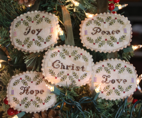 Heartstring Samplery ~ Advent Candles Ornament Set