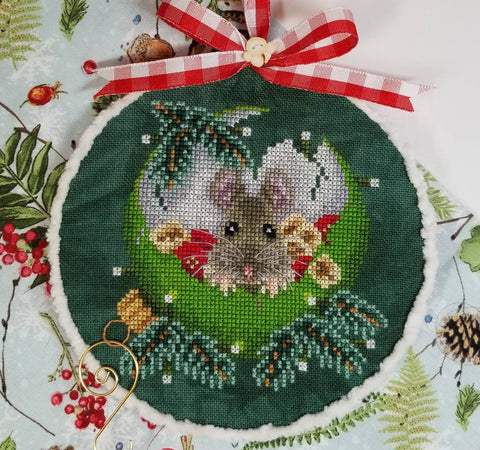 Blackberry Lane Designs ~ At Home for Christmas
