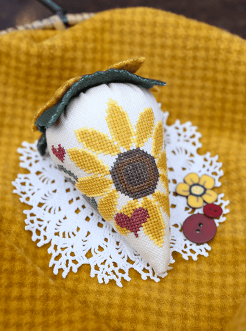 Erica Michaels Designs ~ Sunshine Berry LINEN Collection