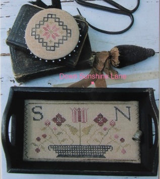 Stacy Nash Primitives ~ Quaker Sewing Tray, Pin Disk & Strawberry Pinkeep