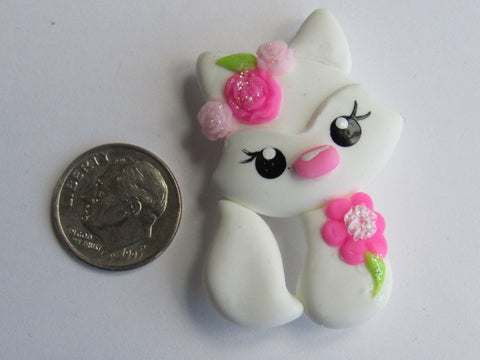 Needler Minder ~ White Fox (Clay) ONE OF A KIND!
