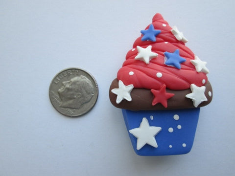 Needle Minder ~ USA Cupcake (Clay)