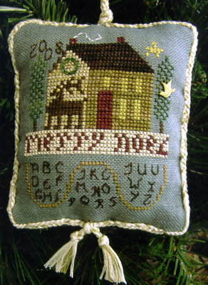 Homespun Elegance ~ ABC Noel House w/charm