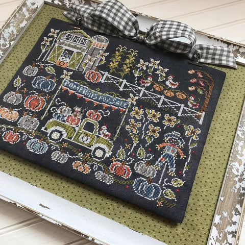 Hands On Design ~ Autumn Acres Farm - Chalk On The Farm Pattern ***PRE-ORDER!!!!