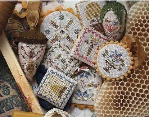 Heartstring Samplery ~ Festive Little Fobs Four, Beekeeping Edition