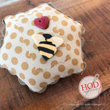 JABC/Hands On Design ~ Meant To Bee Buttons