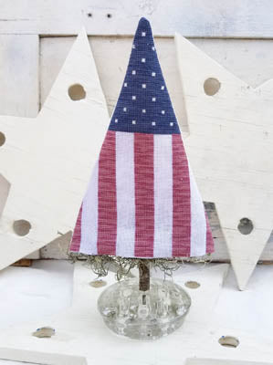 hello from Liz Matthews ~ Stars & Stripes Tree
