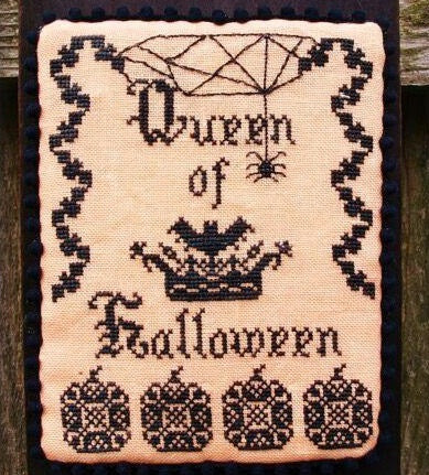 Lindsay Lane Designs ~ Queen of Halloween