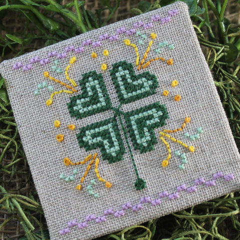 Luhu Stitches ~ March Little Fling