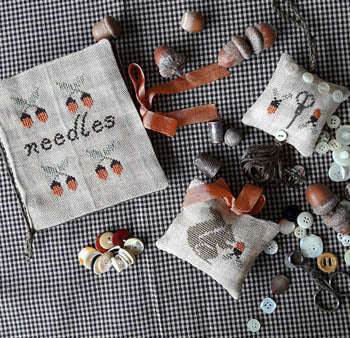 Nikyscreations ~ Squirrel Sewing Set