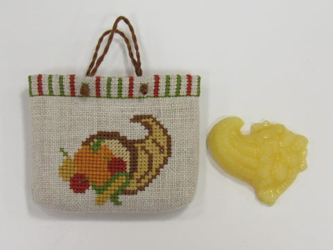 Noteworthy Needle ~ Cornucopia Tiny Tote (matches Fruitful Valley)