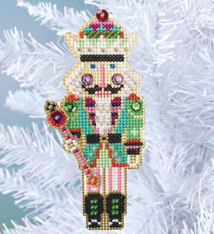 Satsuma Street ~ Nutcracker King Ornament Kit
