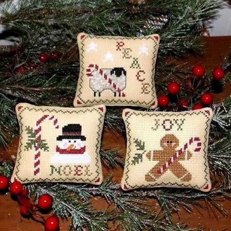 Plum Pudding Needleart ~ Candy Cane Wishes