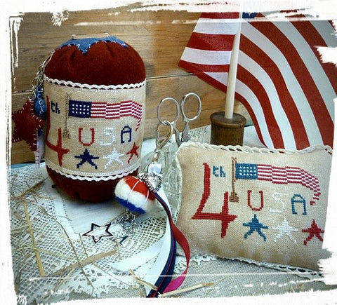 Rovaris ~ Patriotic Pincushion Kit w/lace & button