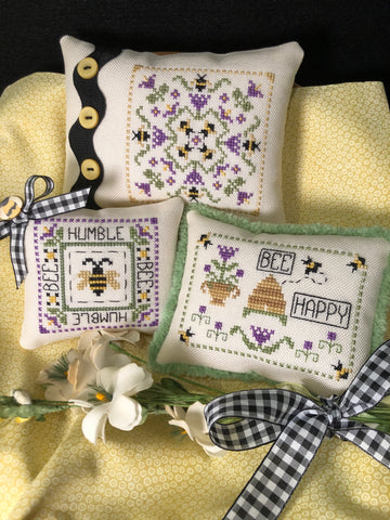 ScissorTail Designs ~ Humble Bee