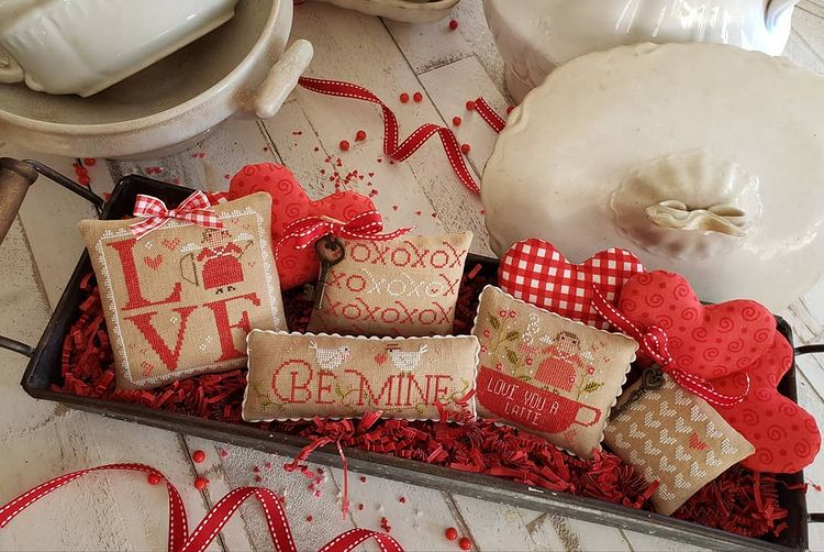 Country Stitches/With Thy Needle & Thread ~ Love Notes