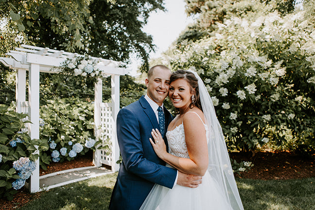 A Breathtaking Cape Cod Hydrangea Wedding