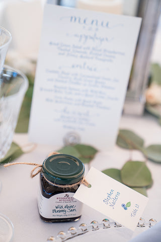 Table menu and blueberry jam gift tag