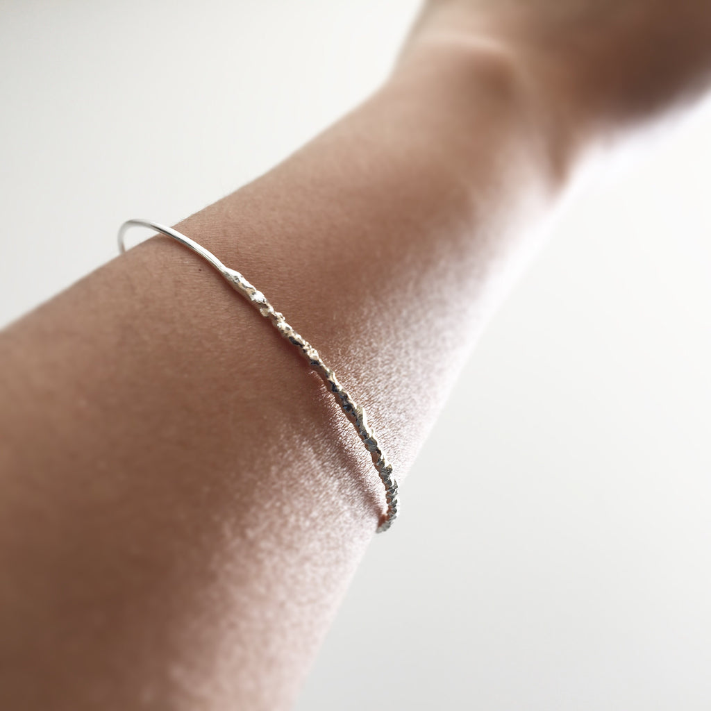 Twist Thin Round Wire Bangle Bracelet