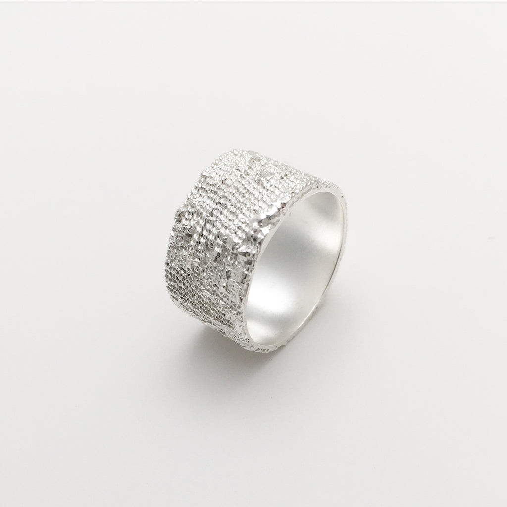 Ribbed Layered Wide Ring
