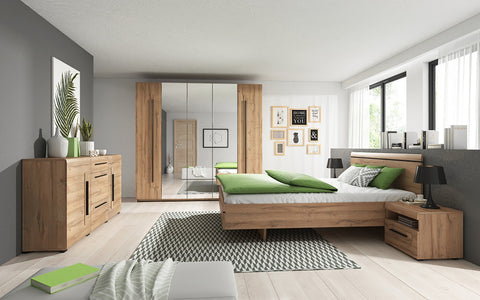 LICATA Elegant Bedroom Set, Wardrobe, Bed, Bedside Tables, Chest of Drawers. Grandson Oak. NEW COLLECTION