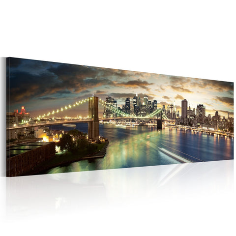 Canvas Print - The East River at night