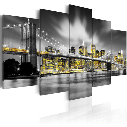 Canvas Print - NYC: amber eyes