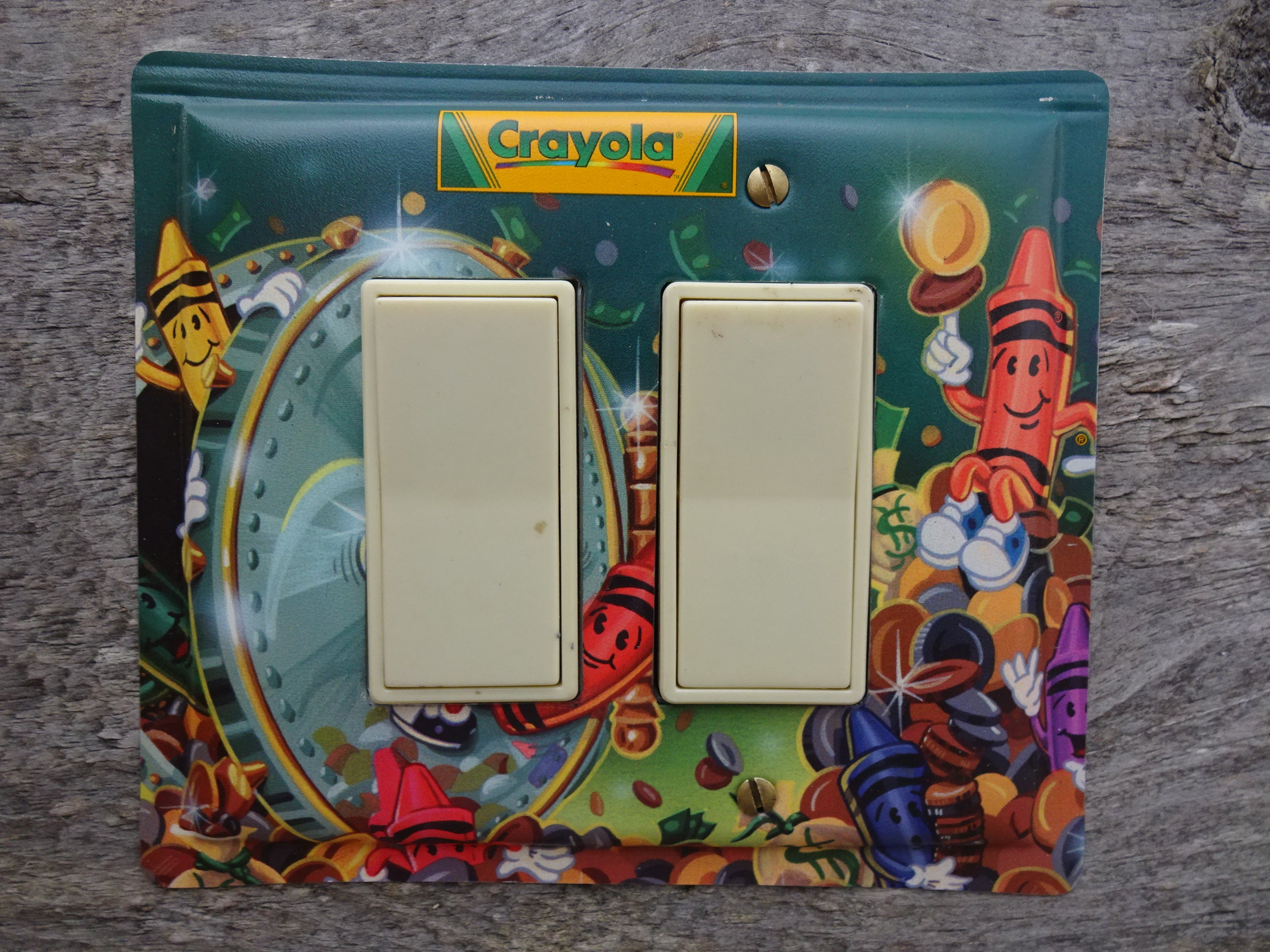 Double Rocker Switch Plate Fits GFCI Crayola Crayons Tin GFC-3135D*