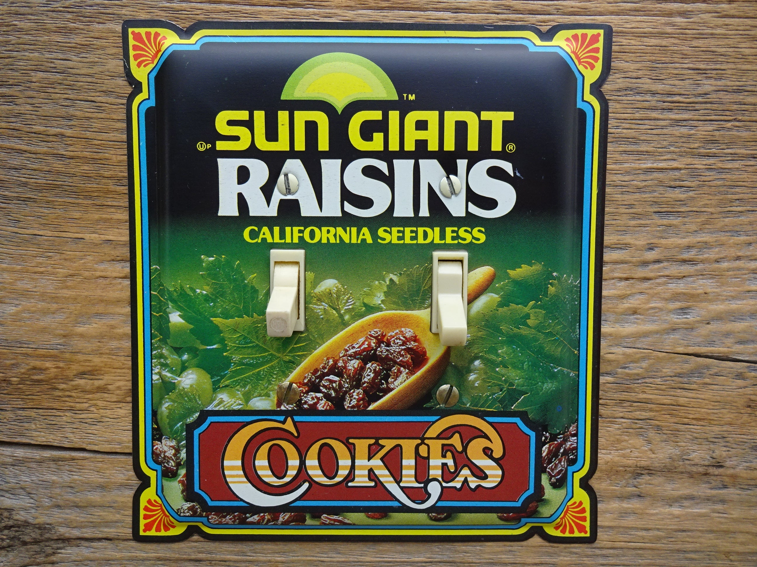 Switch Plate Made From A Sun Giant Raisins Tin SP-0145*