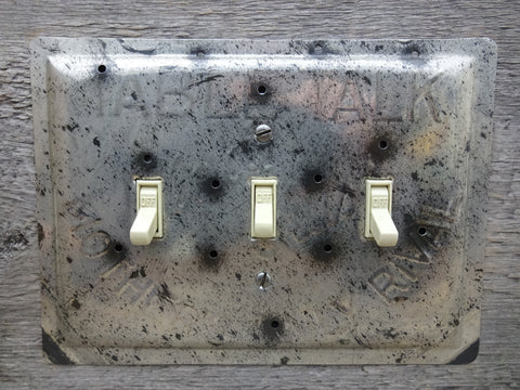 Vintage Switch Plates Made From Table Talk Pie Pans