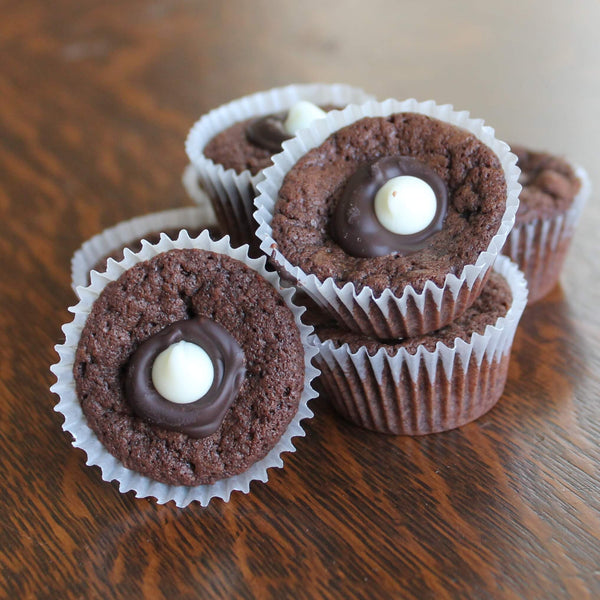 Mini Black & White Brownie bites