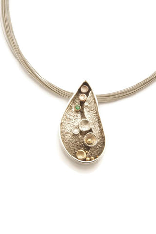 pebbles-on-the-beach-series-pendant-189-tamara-kelly